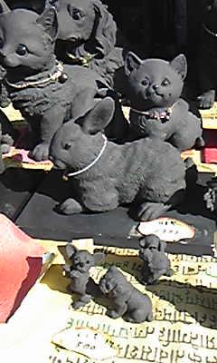 炭でできたクロウサギ